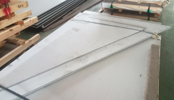 Customized stainless steel cutting(right angle triangle)